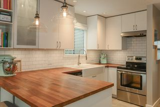 """Photo 3: 24 10111 GILBERT Road in Richmond: Woodwards Townhouse for sale in """"SUNRISE VILLAGE"""" : MLS®# R2516255"""