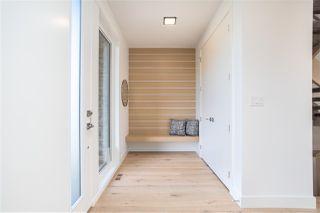 Photo 3: 12111 Aspen Drive West in Edmonton: Zone 16 House for sale : MLS®# E4221836