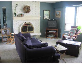 Photo 2: 2622 SHAFTSBURY Avenue in Port_Coquitlam: Central Pt Coquitlam House for sale (Port Coquitlam)  : MLS®# V640975