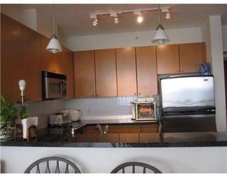 Photo 3: # 907 4132 HALIFAX ST in Burnaby: Condo for sale : MLS®# V841401