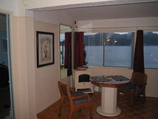 "Photo 5: 901 MARINE Drive in Gibsons: Gibsons & Area House for sale in ""GRANTHAMS LANDING"" (Sunshine Coast)  : MLS®# V671595"
