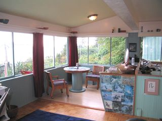 """Photo 8: 901 MARINE Drive in Gibsons: Gibsons & Area House for sale in """"GRANTHAMS LANDING"""" (Sunshine Coast)  : MLS®# V671595"""