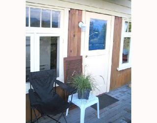 "Photo 13: 901 MARINE Drive in Gibsons: Gibsons & Area House for sale in ""GRANTHAMS LANDING"" (Sunshine Coast)  : MLS®# V671595"