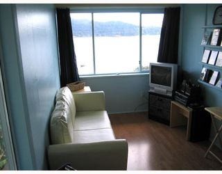 """Photo 12: 901 MARINE Drive in Gibsons: Gibsons & Area House for sale in """"GRANTHAMS LANDING"""" (Sunshine Coast)  : MLS®# V671595"""