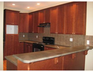Photo 2: 34 2281 ARGUE Street in Port_Coquitlam: Citadel PQ House for sale (Port Coquitlam)  : MLS®# V691564
