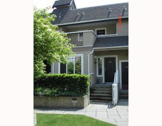 Photo 2: 1310 MAHON Avenue in North_Vancouver: Central Lonsdale Townhouse for sale (North Vancouver)  : MLS®# V710880