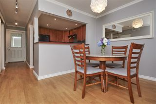 Photo 4: 8581 FLOWERING Place in Burnaby: Forest Hills BN Townhouse for sale (Burnaby North)  : MLS®# R2389329
