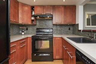 Photo 2: 8581 FLOWERING Place in Burnaby: Forest Hills BN Townhouse for sale (Burnaby North)  : MLS®# R2389329