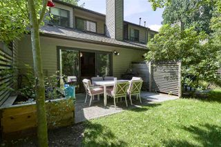 Photo 16: 8581 FLOWERING Place in Burnaby: Forest Hills BN Townhouse for sale (Burnaby North)  : MLS®# R2389329