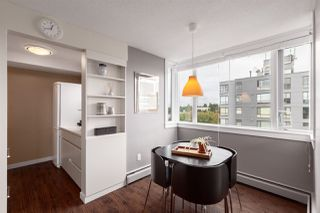 """Photo 8: 1104 2165 W 40TH Avenue in Vancouver: Kerrisdale Condo for sale in """"THE VERONICA"""" (Vancouver West)  : MLS®# R2411332"""