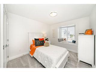 "Photo 16: 16176 87 Avenue in Surrey: Fleetwood Tynehead House 1/2 Duplex for sale in ""FLEETWOOD DUPLEXES"" : MLS®# R2432421"
