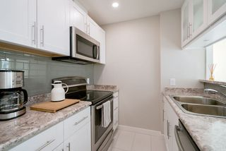 Photo 5: 1901 989 NELSON STREET in Vancouver: Downtown VW Condo for sale (Vancouver West)  : MLS®# R2430023