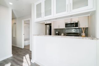 Photo 3: 1901 989 NELSON STREET in Vancouver: Downtown VW Condo for sale (Vancouver West)  : MLS®# R2430023