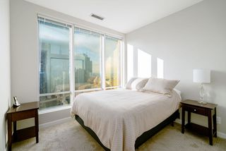 Photo 13: 1901 989 NELSON STREET in Vancouver: Downtown VW Condo for sale (Vancouver West)  : MLS®# R2430023