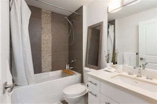 "Photo 5: 8 3993 CHATHAM Street in Richmond: Steveston Village Townhouse for sale in ""STEVESTON VIEWS"" : MLS®# R2441255"
