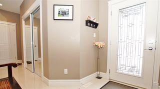 Photo 2: 16748 60 Street in Edmonton: Zone 03 House for sale : MLS®# E4190533