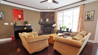 Photo 5: 16748 60 Street in Edmonton: Zone 03 House for sale : MLS®# E4190533
