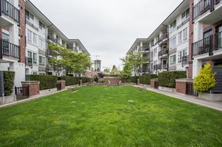 "Photo 17: 112 545 FOSTER Avenue in Coquitlam: Coquitlam West Condo for sale in ""FOSTER"" : MLS®# R2452266"