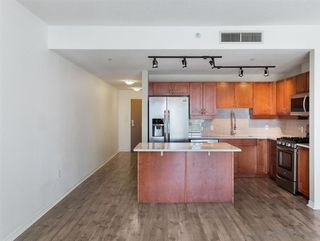 Photo 3: DOWNTOWN Condo for sale : 2 bedrooms : 1240 India St #504 in San Diego