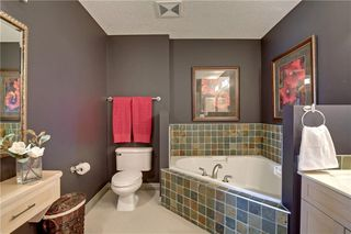 Photo 15: 313 60 SIERRA MORENA Landing SW in Calgary: Signal Hill Apartment for sale : MLS®# C4305459