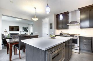 Photo 3: 1127 WINDHAVEN Close SW: Airdrie Detached for sale : MLS®# A1019402