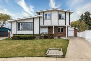 Photo 1: 11731 144 Avenue NW in Edmonton: Zone 27 House for sale : MLS®# E4218301