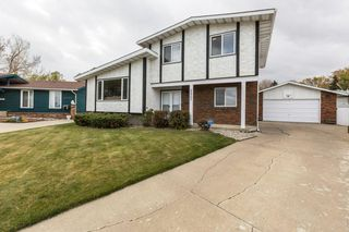 Photo 2: 11731 144 Avenue NW in Edmonton: Zone 27 House for sale : MLS®# E4218301