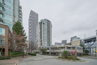 """Photo 19: 806 1500 HOWE Street in Vancouver: Yaletown Condo for sale in """"The Discovery"""" (Vancouver West)  : MLS®# R2525498"""