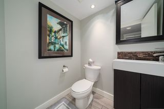 """Photo 15: 806 1500 HOWE Street in Vancouver: Yaletown Condo for sale in """"The Discovery"""" (Vancouver West)  : MLS®# R2525498"""