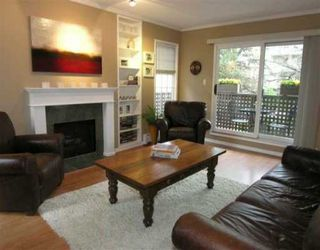 "Main Photo: 1935 W 1ST Ave in Vancouver: Kitsilano Condo for sale in ""KINGSTON GARDENS"" (Vancouver West)  : MLS®# V634797"