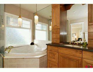 Photo 6: 7675 GARRETT Drive in Delta: Nordel House for sale (N. Delta)  : MLS®# F2925181