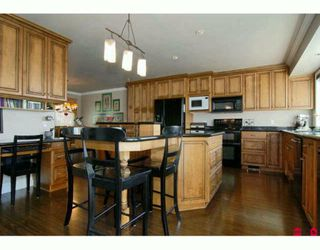Photo 2: 7675 GARRETT Drive in Delta: Nordel House for sale (N. Delta)  : MLS®# F2925181