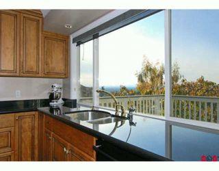 Photo 3: 7675 GARRETT Drive in Delta: Nordel House for sale (N. Delta)  : MLS®# F2925181
