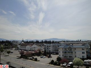 Photo 5: 508 31955 Old Yale Road in Abbotsford: Condo for sale : MLS®# f1010732