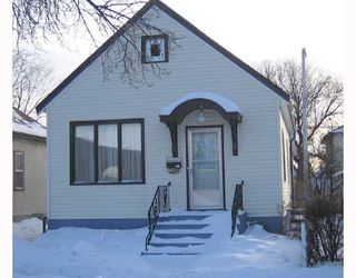 Photo 1: 758 ALFRED Avenue in WINNIPEG: North End Residential for sale (North West Winnipeg)  : MLS®# 2801604