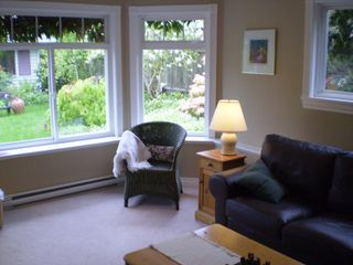 Photo 8: 859 East 11th St. in North Vancouver: Boulevard House for sale