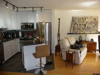 Photo 5: 109 10105 95 Street in Edmonton: Zone 13 Condo for sale : MLS®# E4165586