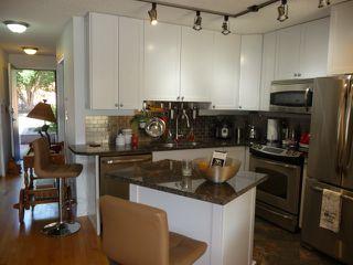 Photo 9: 109 10105 95 Street in Edmonton: Zone 13 Condo for sale : MLS®# E4165586