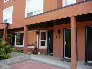 Main Photo: 109 10105 95 Street in Edmonton: Zone 13 Townhouse for sale : MLS®# E4165586