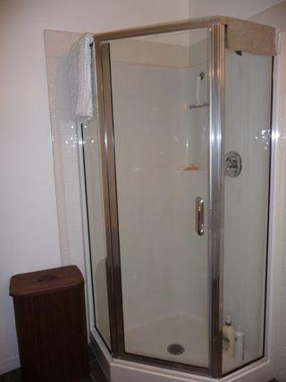Photo 15: 109 10105 95 Street in Edmonton: Zone 13 Condo for sale : MLS®# E4165586