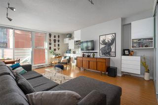 "Photo 3: 710 168 POWELL Street in Vancouver: Downtown VE Condo for sale in ""Smart"" (Vancouver East)  : MLS®# R2423240"