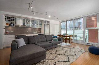 "Photo 4: 710 168 POWELL Street in Vancouver: Downtown VE Condo for sale in ""Smart"" (Vancouver East)  : MLS®# R2423240"