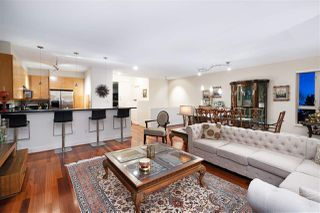 Photo 8: 2467 FOLKESTONE Way in West Vancouver: Panorama Village Townhouse for sale : MLS®# R2449433