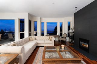 Photo 7: 2467 FOLKESTONE Way in West Vancouver: Panorama Village Townhouse for sale : MLS®# R2449433