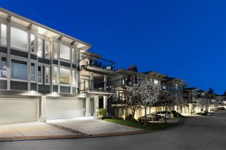 Photo 16: 2467 FOLKESTONE Way in West Vancouver: Panorama Village Townhouse for sale : MLS®# R2449433