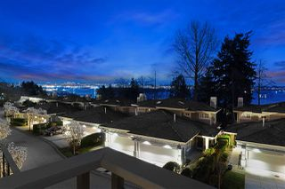 Photo 17: 2467 FOLKESTONE Way in West Vancouver: Panorama Village Townhouse for sale : MLS®# R2449433