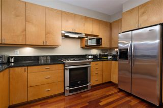 Photo 10: 2467 FOLKESTONE Way in West Vancouver: Panorama Village Townhouse for sale : MLS®# R2449433