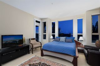 Photo 11: 2467 FOLKESTONE Way in West Vancouver: Panorama Village Townhouse for sale : MLS®# R2449433