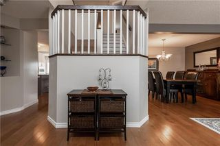 Photo 3: 42 Knightswood Court in Winnipeg: Whyte Ridge Residential for sale (1P)  : MLS®# 202008618