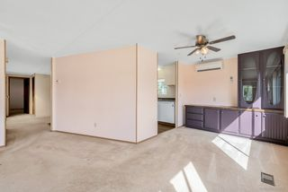 """Photo 8: 66 15875 20 Avenue in Surrey: King George Corridor Manufactured Home for sale in """"Sea Ridge Bays"""" (South Surrey White Rock)  : MLS®# R2467201"""